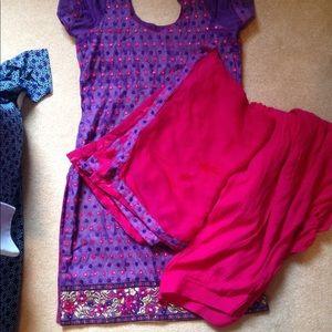 Dresses & Skirts - Women's salvaar suit